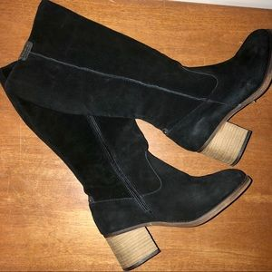 BearPaw Anthracite Boots 9 Black Suede